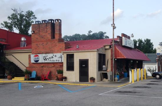 Two meat plate with two sides picture of miss myra 39 s pit for Food bar in cahaba heights