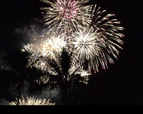 Aquarius on the Beach: New Years Eve Fireworks from the Aquarius
