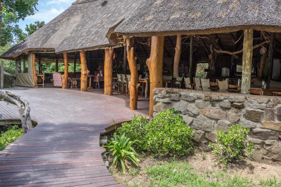 Sibuya Game Reserve, Hotels in Cannon Rocks