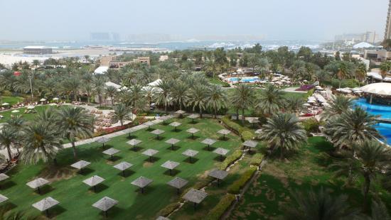 Le Meridien Mina Seyahi Beach Resort and Marina: View from room