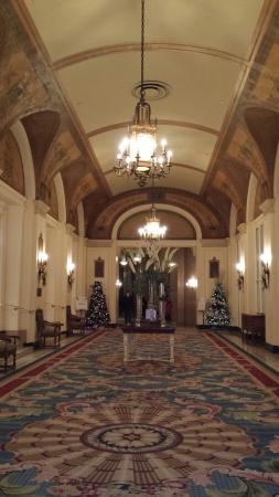 Interior - Fairmont Chateau Laurier Photo