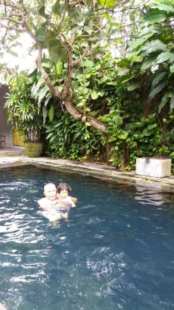 Sewon, Indonesien: 20151225_085444_large.jpg