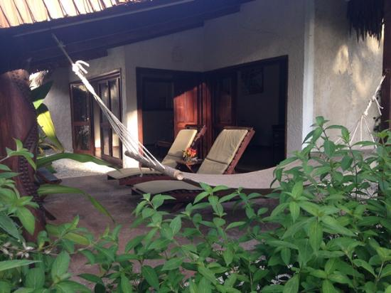 Paradise Cove Resort : Outdoor - Bungalow