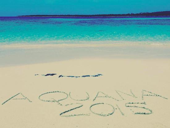 Aquana Beach Resort: One of the beautiful 'castaway' islands