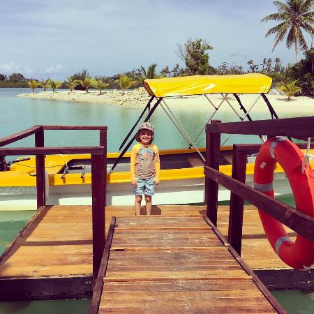 Aquana Beach Resort: Ready for our trip on the boat