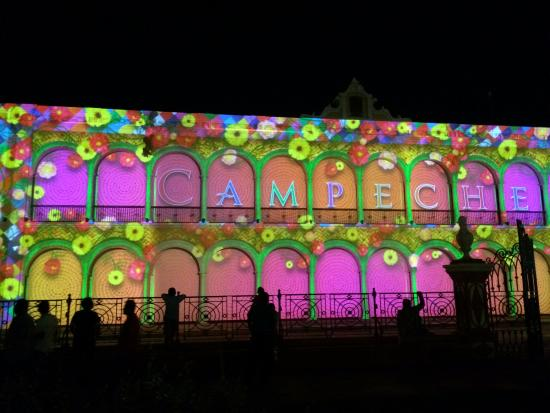 El Palacio Centro Cultural: Light And Sound Show