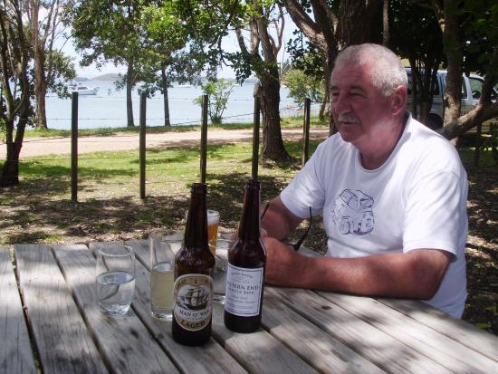 """Pulau Waiheke, Selandia Baru: """"The best beer"""" so my husband says"""