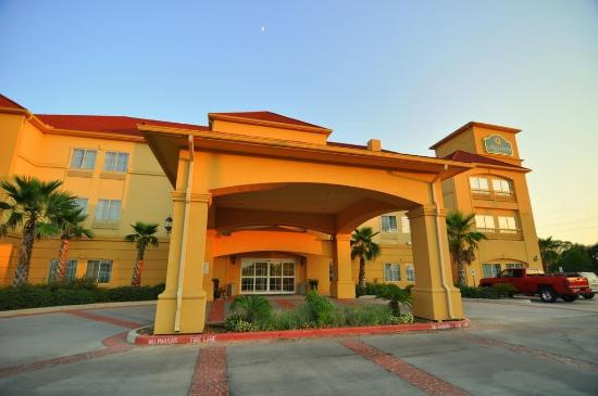 Photo of La Quinta Inn & Suites Brookshire
