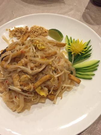 Grosse Ile, MI: Pad Thai Tofu