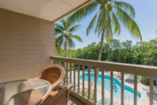 Coconut Mallory Resort And Marina: 2 bedroom balcony
