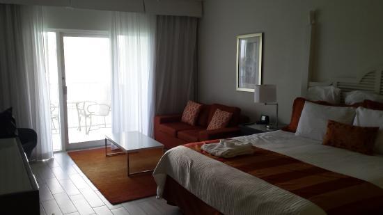 Sugar Bay Resort & Spa: Room with king bed