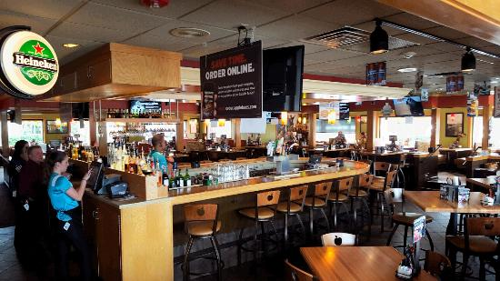 Bar Picture Of Applebee S Sunrise Tripadvisor