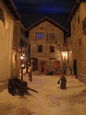 Arquata Scrivia, อิตาลี: La Casa Gotica (diorama)