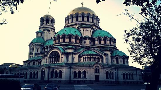 Iglesia de Alexander Nevski: Alexander Nevski Kilisesi