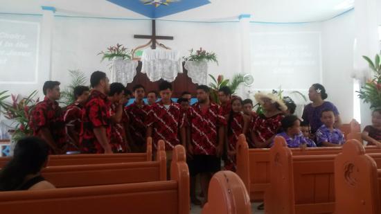 """Cook Island Christian Church (CICC) : the """"red"""" choir"""
