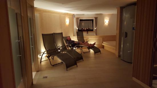 Area relax in stanza sauna e bagno turco bild von residence cesa