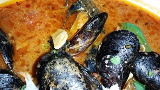 Anchor Oyster Bar & Seafood Market : mussels