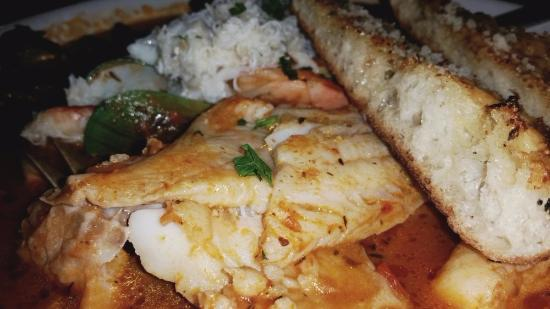 Anchor Oyster Bar & Seafood Market : close up of Cioppino