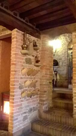 Mondaino, Ιταλία: appena subito l'ingresso