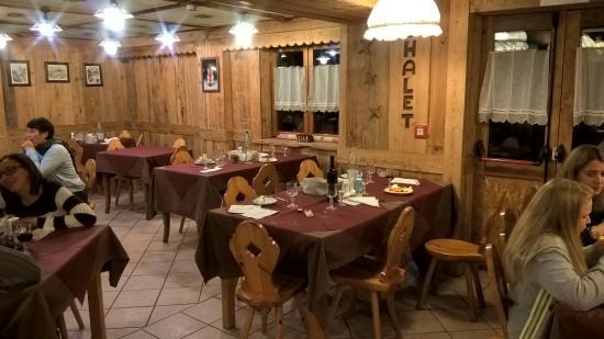 Hotel Chalet Des Alpes: Ristorante
