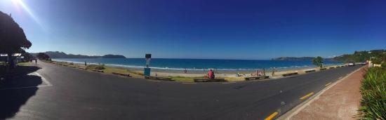 Pulau Waiheke, Selandia Baru: Waiheke island - Onetangi beach view