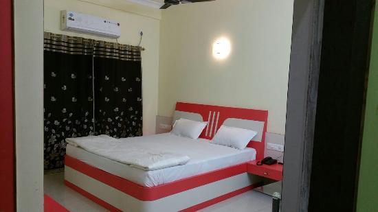 ShantiKunja Hotel