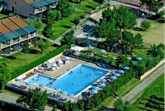 Albergo Le Tre Isole Villaggio: aerea piscina