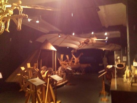 Foto de museo leonardo da vinci florencia sculpture for Invenzioni di leonardo da vinci