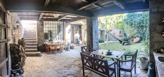 Assos Alarga, Bed and Breakfast: Atrium