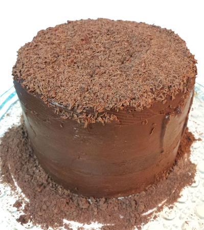 Bolo Vintage de chocolate com ganache meio amargo