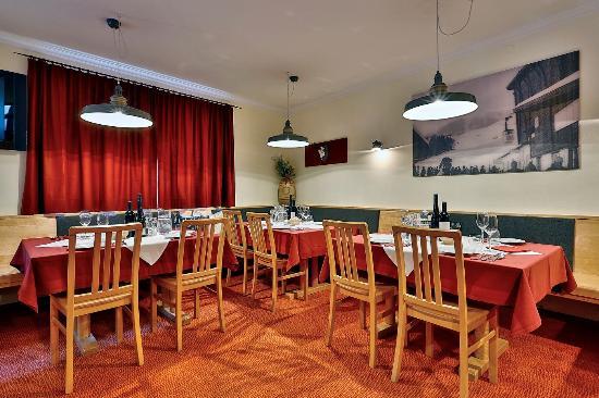 Chalet Amalien Haus - Dining Room