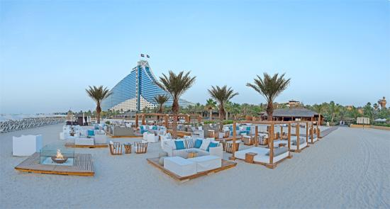 Beach lounge picture of jumeirah beach hotel dubai for Tripadvisor dubai hotels