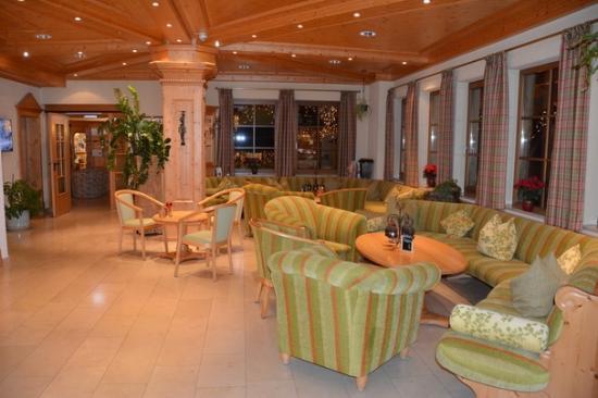 Wellnesshotel Auerhahn : Lobby
