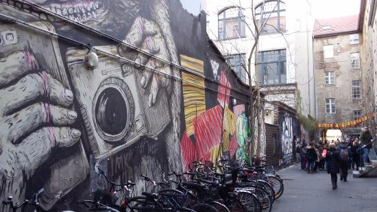 Street art gallery Picture of Haus Schwarzenberg Berlin