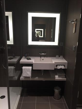 Novotel Amsterdam Schiphol Airport: salle de bains
