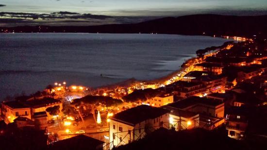 Trevignano Romano dall\'alto - Picture of Trevignano Romano, Province ...