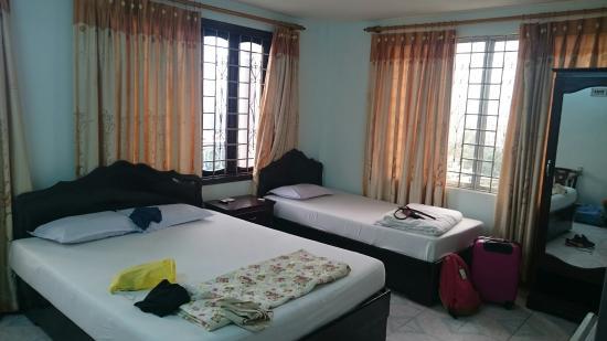 Nhat Le Hotel: DSC_0317_large.jpg