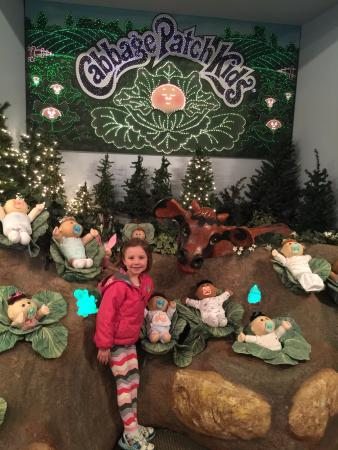 BabyLand General Hospital: Charley in the cabbage patch