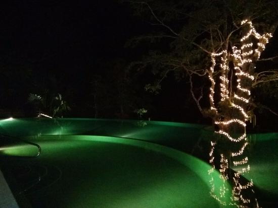 Las Lagunas Boutique Hotel: Outdoor Multi Depth Pool