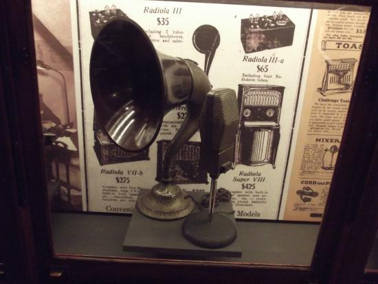 Virginia Historical Society: Record Player Artifact