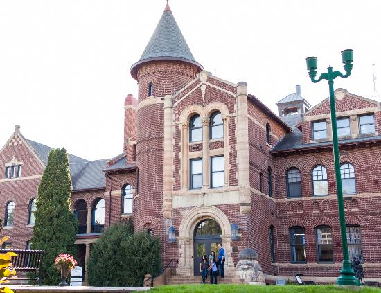 Owatonna, MN: Orphanage Museum at West Hills Campus
