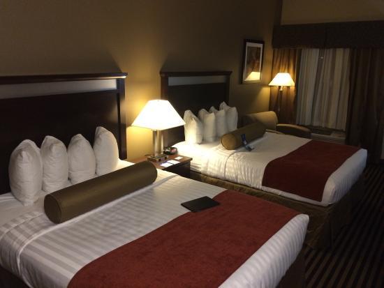 Best Western Plus Prairie Inn: photo0.jpg