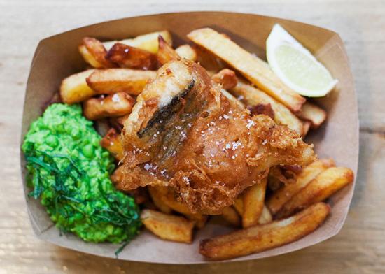 Photo of English Restaurant The Sunken Chip at 39 Rue Des Vinaigriers, Paris 75010, France
