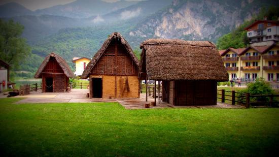 Molina di Ledro, Italien: Villaggio palafitticolo