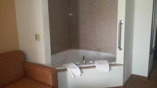 Jackson, MO: Jacuzzi suite