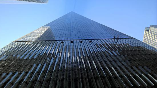 one world trade center optical illusion picture of real new york tours new york city. Black Bedroom Furniture Sets. Home Design Ideas