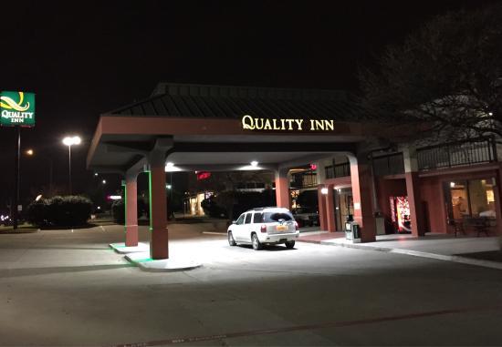 Quality Inn at Arlington Highlands: photo0.jpg