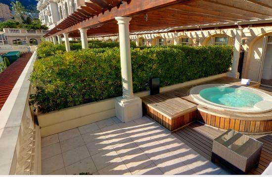 Piscina privata diamond suite con jacuzzi foto di hotel hermitage monte carlo monte carlo - Suite con piscina privata ...