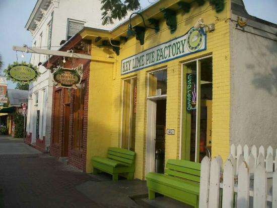 THE KEY LIME PIE FACTORY