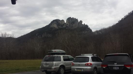 Seneca Rocks, WV: from parking lot